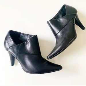 Kenneth Cole Reaction Black Leather Heeled Booties